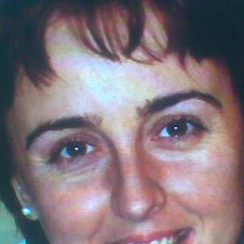 Csilla, 43 éves társkereső nő - Miskolc