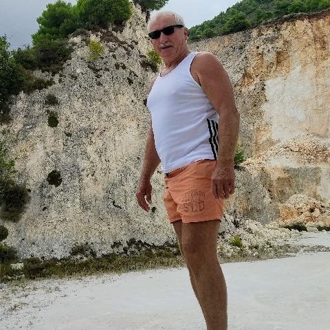 Mátyás, 64 éves társkereső férfi - Dunavarsány