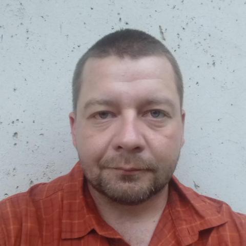András, 37 éves társkereső férfi - Miskolc