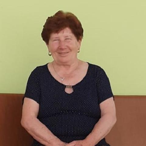 Kamilla, 74 éves társkereső nő - Sárisáp