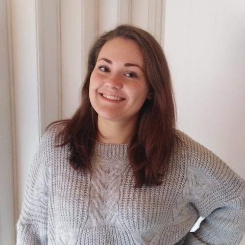 Nóra, 21 éves társkereső nő - Bátonyterenye