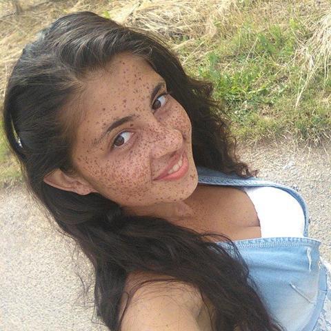 Ágica, 23 éves társkereső nő - Pécs