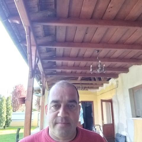 István, 47 éves társkereső férfi - Cegléd