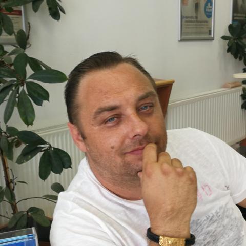 Laci, 44 éves társkereső férfi - Tamási