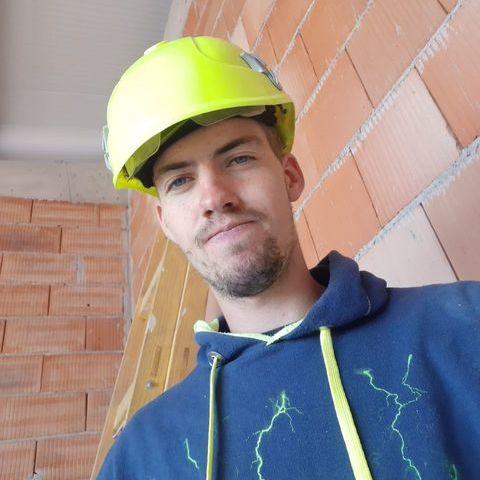István, 21 éves társkereső férfi - Alap