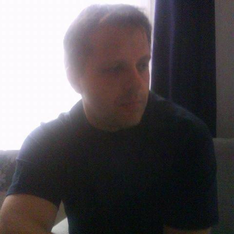 Róbert, 47 éves társkereső férfi - Zalaegerszeg