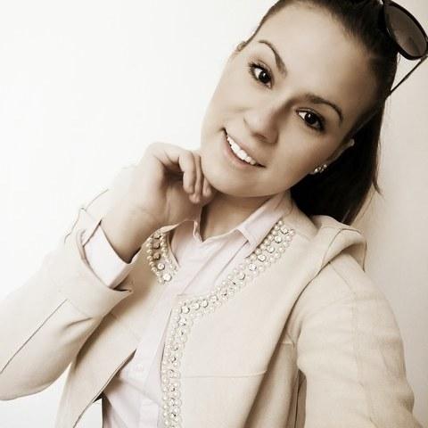 Evelin, 24 éves társkereső nő - Dorog