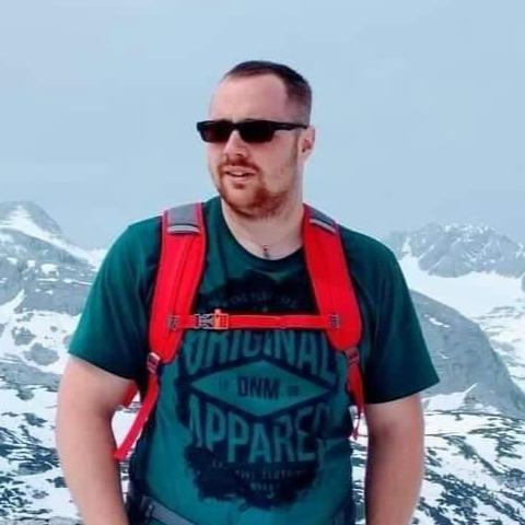 Máté, 25 éves társkereső férfi - Tiszaújváros