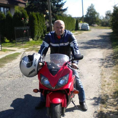 Attila, 49 éves társkereső férfi - Lenti