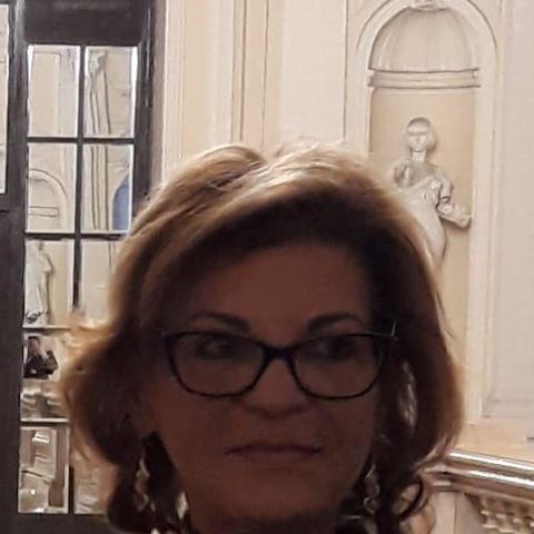 Fruzsi, 62 éves társkereső nő - Szolnok