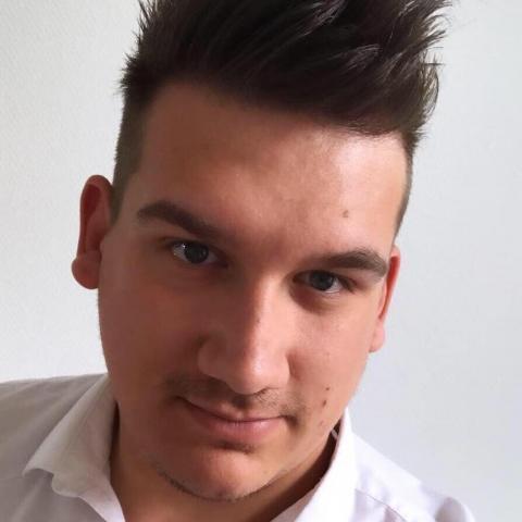 Viktor, 26 éves társkereső férfi - Miskolc