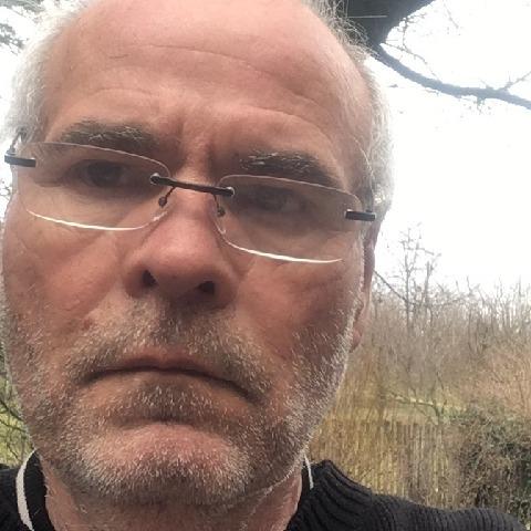 Jozsef, 53 éves társkereső férfi - Győr