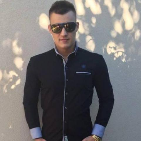 Kristóf, 25 éves társkereső férfi - Debrecen