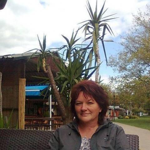 Andrea, 53 éves társkereső nő - Zalaegerszeg