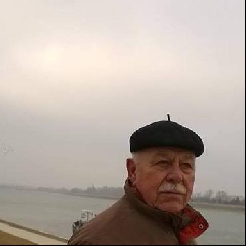 Karesz, 75 éves társkereső férfi - Kóny