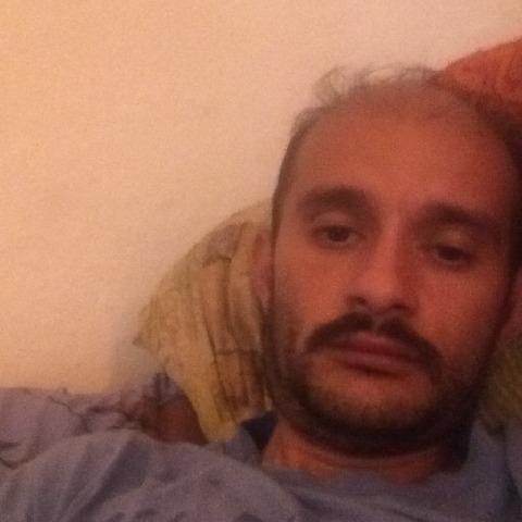 Gabor, 37 éves társkereső férfi - Szeged