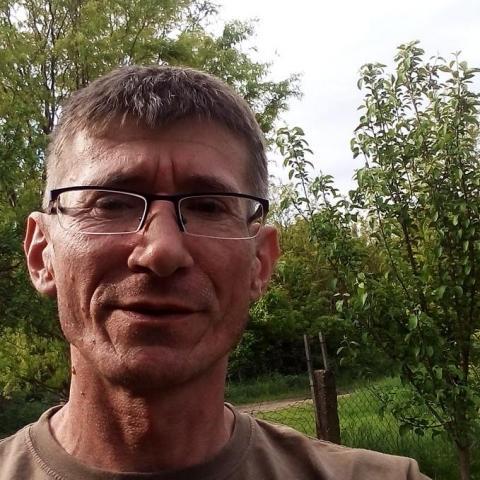 József, 46 éves társkereső férfi - Nak
