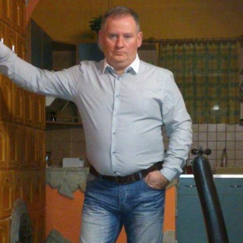 Zsolt, 54 éves társkereső férfi - Zalaegerszeg