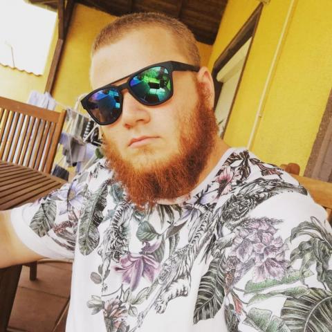 Sándor, 23 éves társkereső férfi - Paks