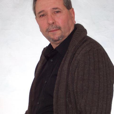 Béla, 68 éves társkereső férfi - Tatabánya