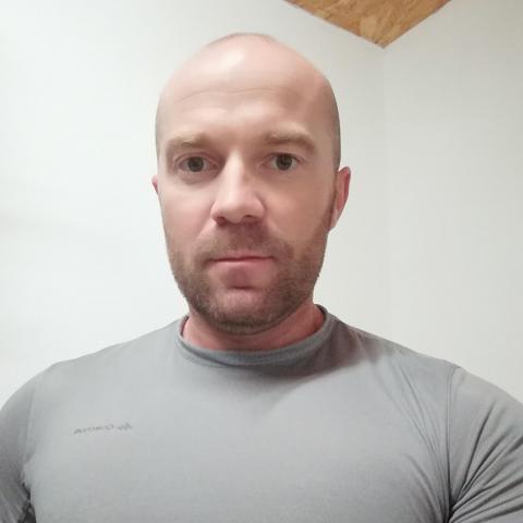 Csaba, 39 éves társkereső férfi - Pápa