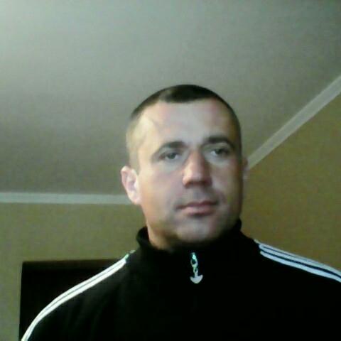 Attila, 42 éves társkereső férfi - Szomód