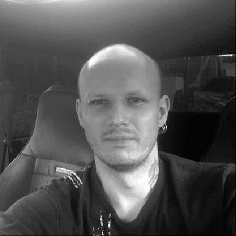 Gergő, 31 éves társkereső férfi - Fót