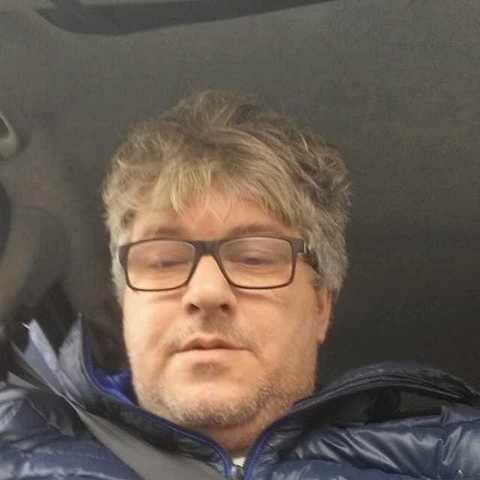 Istvan, 47 éves társkereső férfi -