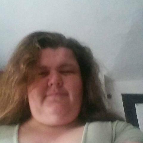 Tünde, 37 éves társkereső nő - Decs