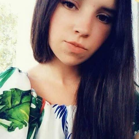 Nóra, 21 éves társkereső nő - Balassagyarmat