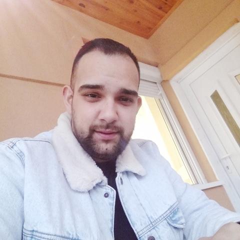 Máté, 24 éves társkereső férfi - Fehérgyarmat