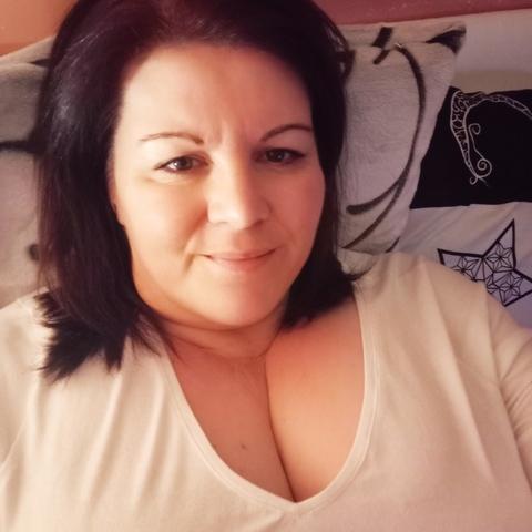 Beatrix, 49 éves társkereső nő - Hatvan