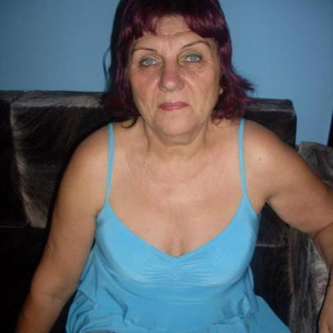 ILONA, 68 éves társkereső nő - Győr