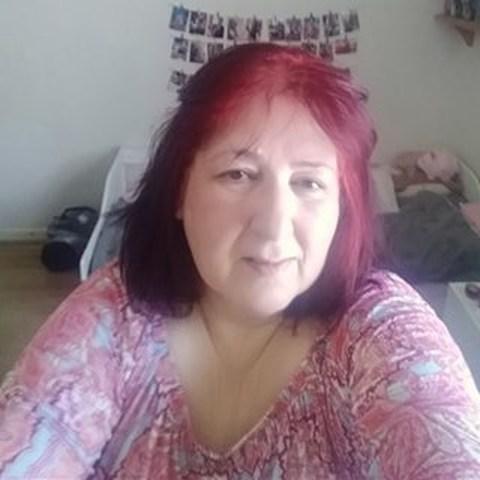 Dora, 57 éves társkereső nő - Preston