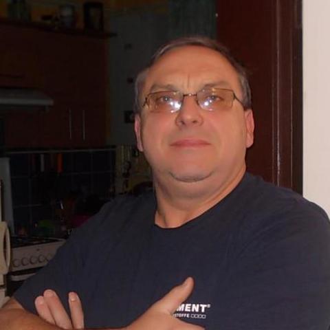 István, 56 éves társkereső férfi - Szekszárd