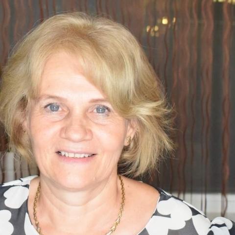 Julianna , 56 éves társkereső nő - Gyula