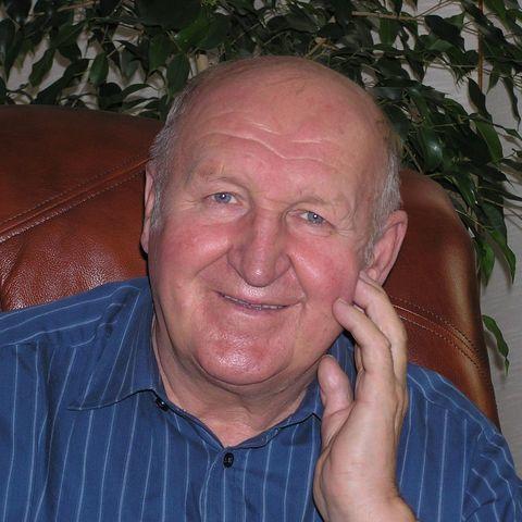 Péter, 78 éves társkereső férfi - Dunaújváros