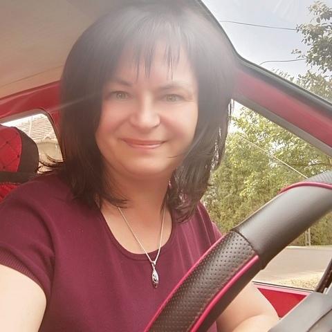 Zsuzsanna, 47 éves társkereső nő - Keszthely