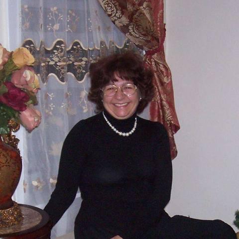 Maria, 64 éves társkereső nő - Sóskút