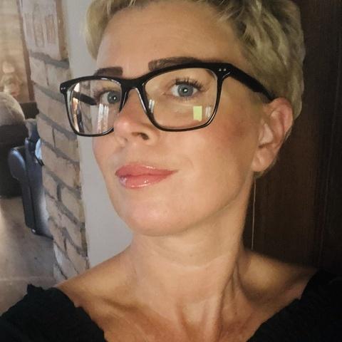 Krisztina, 42 éves társkereső nő - Lőrinci