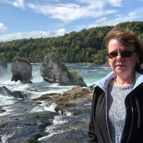 Kriszti, 54 éves társkereső nő - Páty