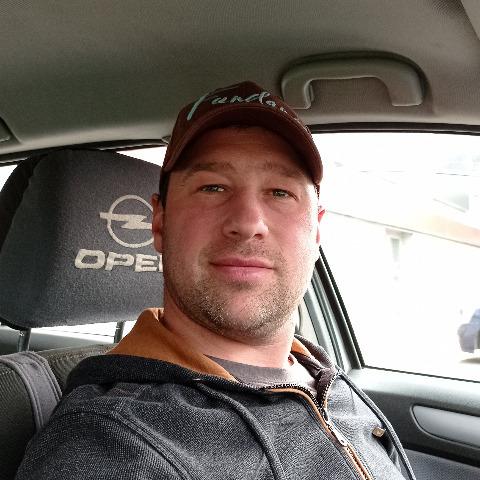 Jani, 35 éves társkereső férfi - Debrecen