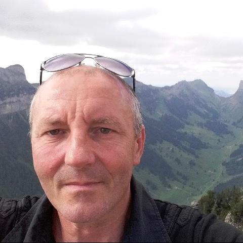 Tihamér, 49 éves társkereső férfi - Solothurn