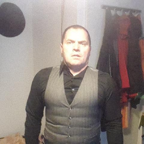 Istvan, 55 éves társkereső férfi - Szeged