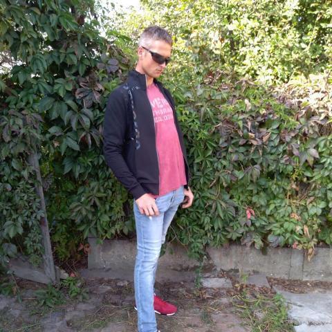 Jani, 27 éves társkereső férfi - Gádoros