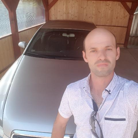 Attila, 37 éves társkereső férfi - Verseg