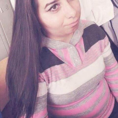 Betti, 27 éves társkereső nő - Salgótarján