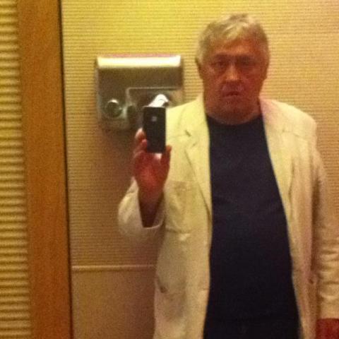 Ernõ, 63 éves társkereső férfi - Mosonmagyaróvár