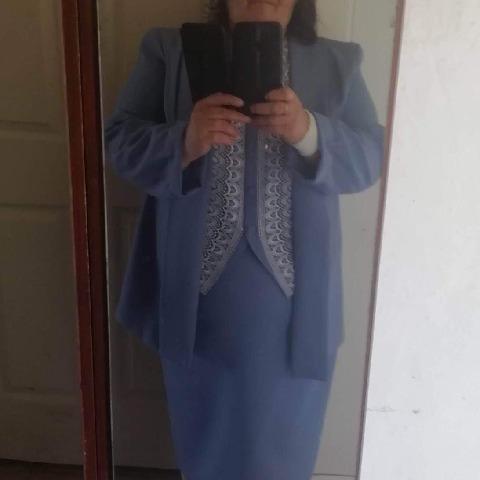 Böbe, 60 éves társkereső nő - Szeged
