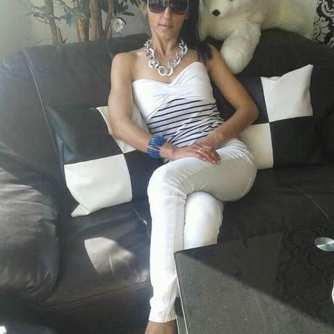 Kata, 32 éves társkereső nő - Taktaszada